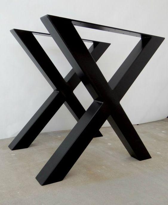 میز نهار خوری مربع