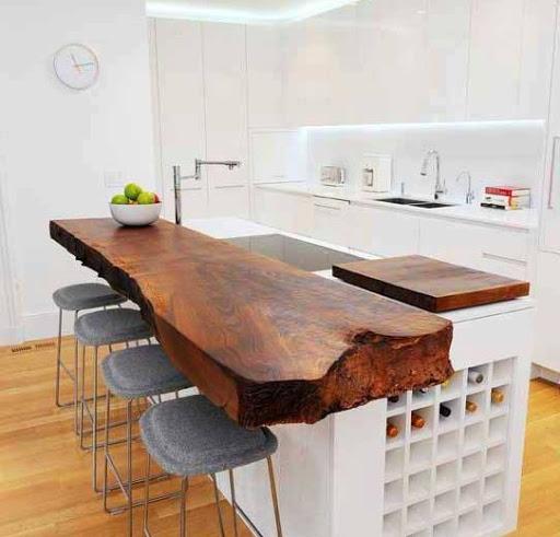 کانتر چوبی در آشپزخانه