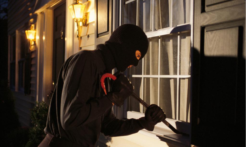 تامین امنیت خانه پیش از سفر