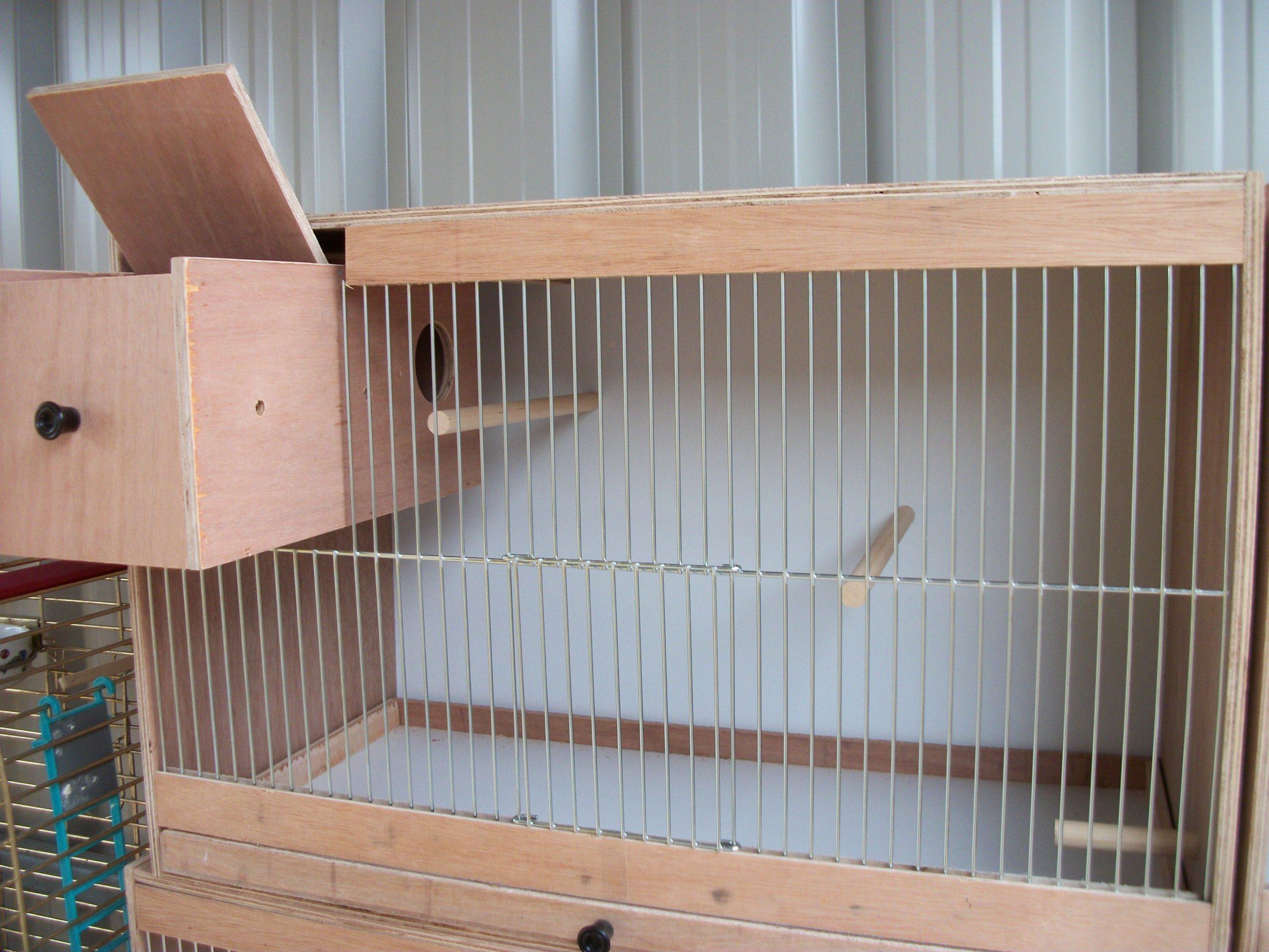 ساخت قفس چوبی