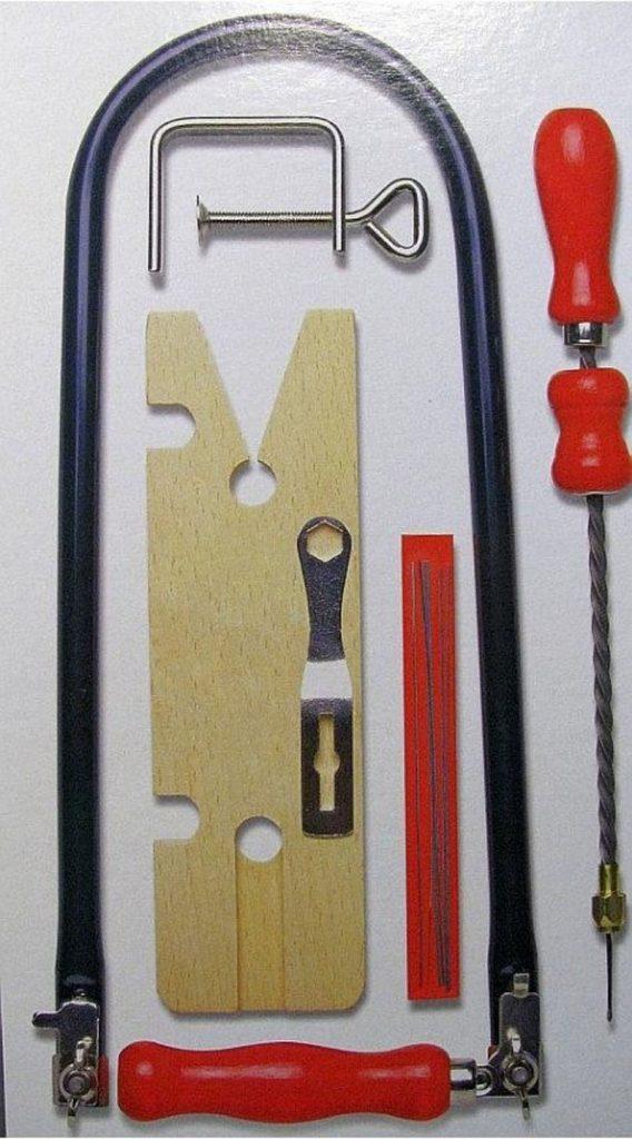 ابزار مورد نیاز معرق کاری